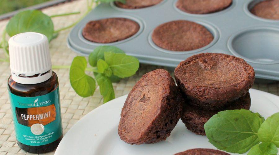 Peppermint Brownie Bites | RecipesWithEssentialOils.com