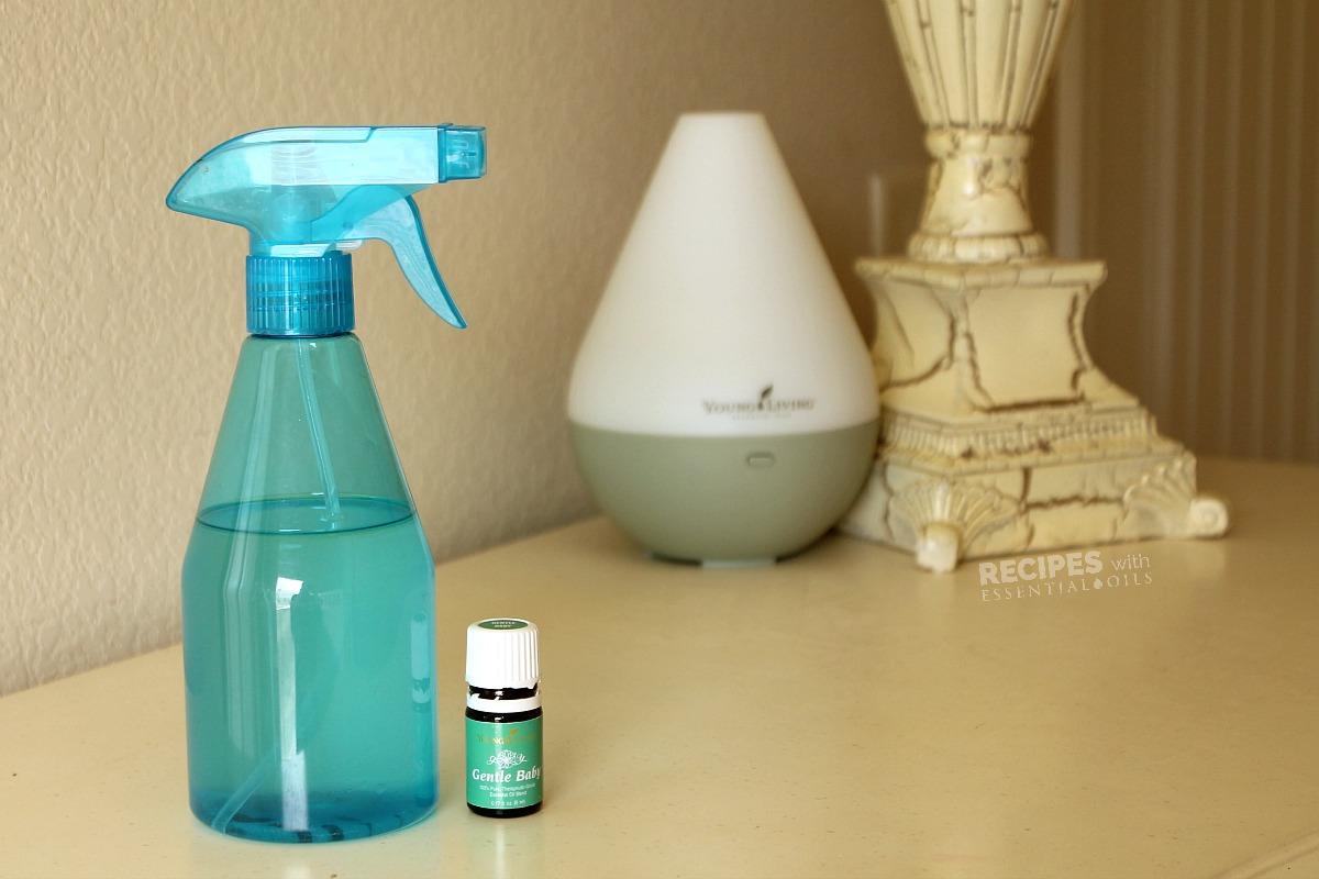 Good Night Bedtime Spray Recipe from RecipeswithEssentialOils.com