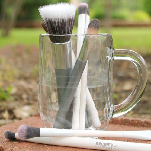 How to Clean Makeup Brushes with Essential Oils from RecipeswithEssentialOils.com