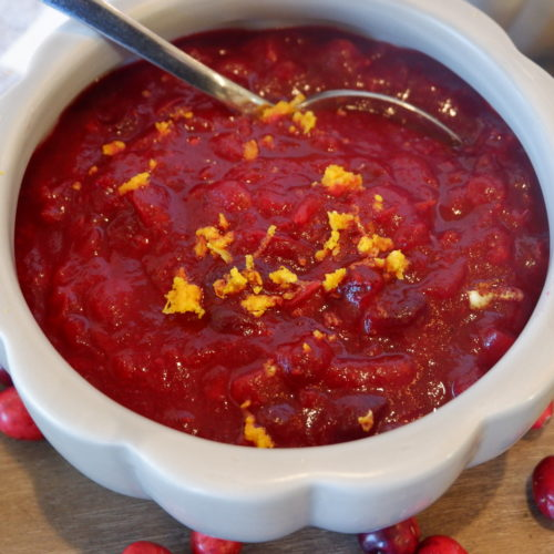 spiced cranberry sauce essential oils
