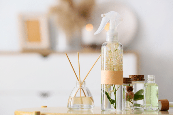 how to freshen the air with natural ingredients