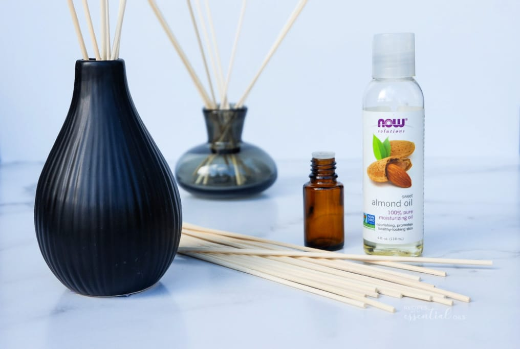how to make a reed diffuser with essential oils